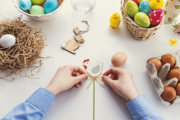 Children's Easter crafts, games and activities